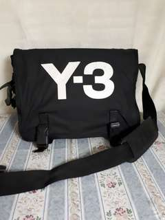Y3 Adidas Messenger authentic