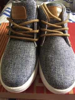 Boy's Shoes US10/EU28