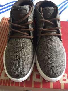 Boy's Shoes size US12/EUR30