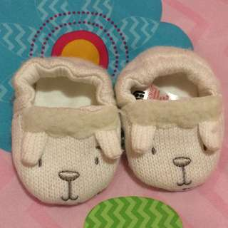 Crib shoes imported