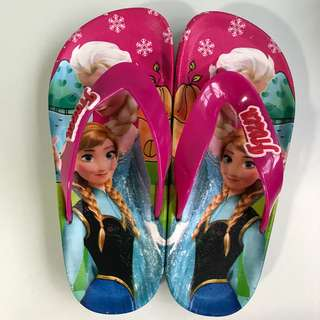 Frozen and Sofia the First kid slippers