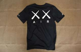 Jordan x KAWS - 上海會場紀念品T-Shirt (Air Jordan)