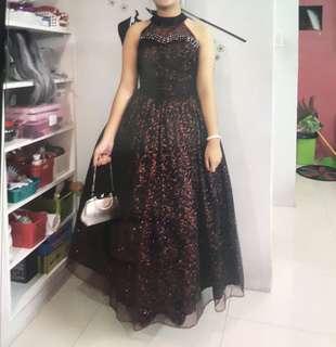 Gown (medium)
