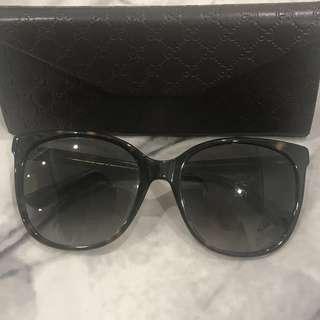 Gucci sunglasses 😎