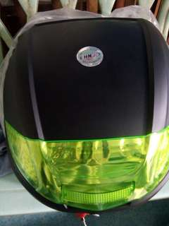 HNJ BOX 30L WITH BASE PLATE HNJ HELMET M'L AVAILABLE COLOR BLACK BLUE RED
