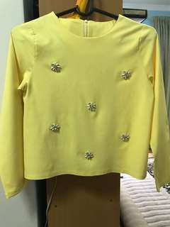 Yellow top long sleeve