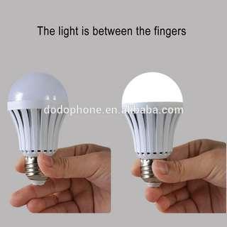 MagicBulb Emergency LED Bulb (Daylight) 5w