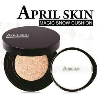 April Skin Magic Snow Cushion in Natural Beige