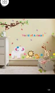 DIY removable wall stickers classroom bedroom children's room cartoon animal world wall sticker Home decor ( Raw sticker 90x60cm )