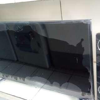 TV LED 55 inch bisa di cicil