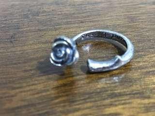 Retro Rose Ring