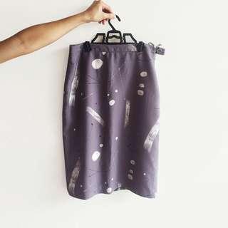 Printed Mauve Pencil Skirt