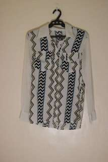 Zigzag patterned top