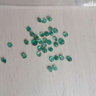 Emerald loose stones polished best value in Singapore!