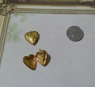 Set of 2 Heart Pendant Lockets
