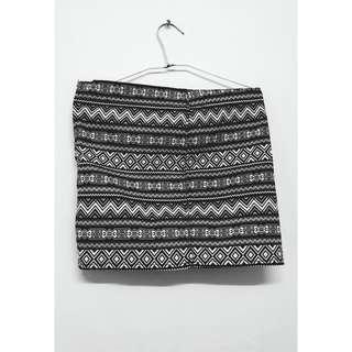 🚚 H&M 異國風情短裙