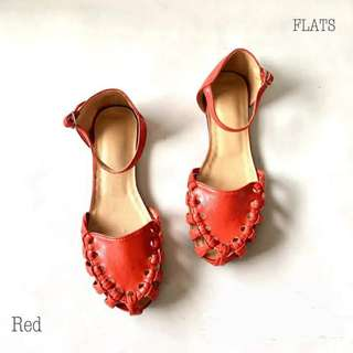 Knotted flat sandals (Liliw made)