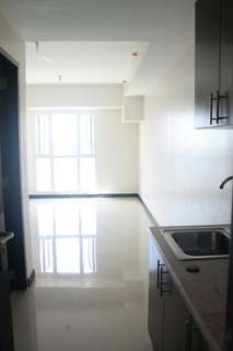 Brand New Studio Unit With Parking Slot For Rent in Axis Residences, Mandaluyong City.