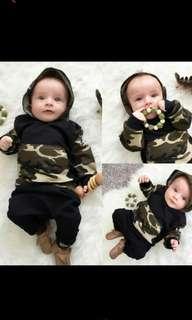 Baby boy camo hooded set