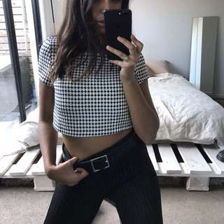 Dotted crop