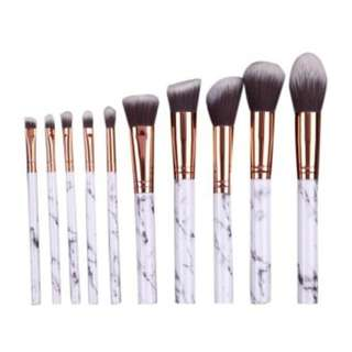 🚚 (LIMITED STOCK) 10pcs Marbling Makeup Brushes Set