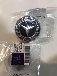 Mercedes 2018 latest emblem