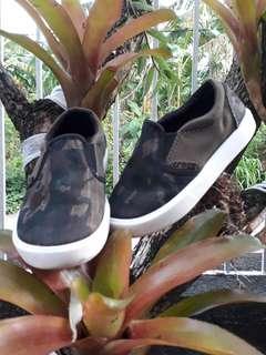 Crocs comfort shoes (Authentic)