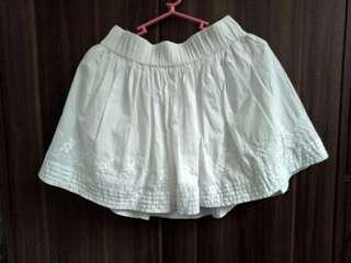 H&M divided white skirt
