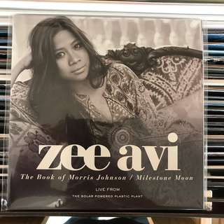 Zee Avi ‎– Book Of Morris Johnson / Milestone Moon 7""