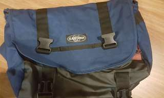 East pack sling bag