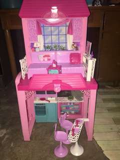 Original Barbie Dollhouse with Accesories