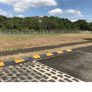 For Sale: Vacant Lot at South Porbes Mansions