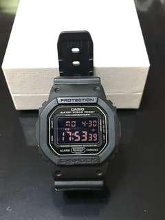 Casio 黑色膠帶防水錶