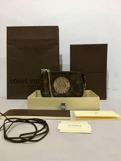 Authentic Louis Vuitton LV Limited Edition TrunksAndBags Mini Pochette