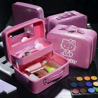 💋Hellokitty    make up kit      780php. .     #LC