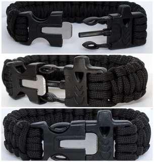 Paracord Bracelet with Flint