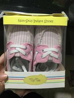 TipToe Baby Girl Shoes (Non-Skid)