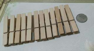 Set of 12 Wooden Clips