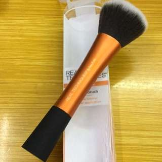 Real technique powder brush