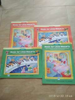 Cristofori piano books -   Music for Little Mozarts