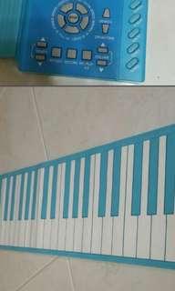 Foldable Piano keyboards