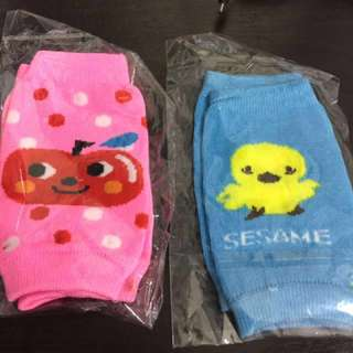 Baby Crawling Knee Pads protector  (1 x $2)