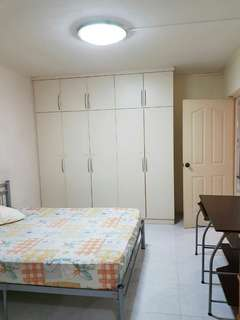 Master bedroom with large toilet near MRT with WiFi  for rent