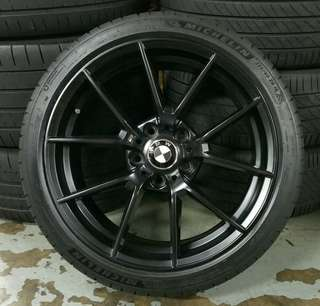 """18"""" BMW rim with tyres"""