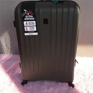 IT Suitcase luggage