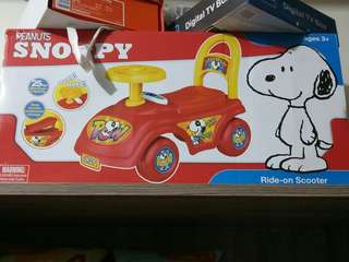 SNOOPY SCOOTER/CAR