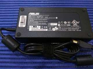 Power Adapter 19v 9.5a