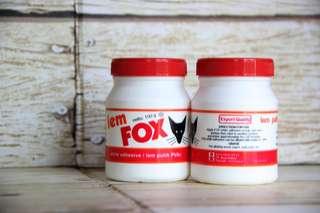 White glue fox (di kemas di dalam botol dan di kasih air agar tak terlalu padat)