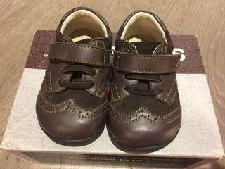 🚚 See Kai Run 4號學步鞋