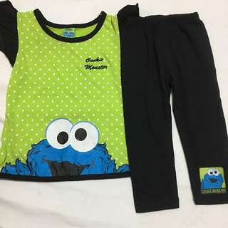 Sesame street blouse and pants set small